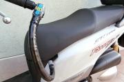 C.L.M: antifurto blocca manubrio per scooter e moto